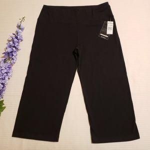 Marika > NWT Black Capri Exercise Leggings XL